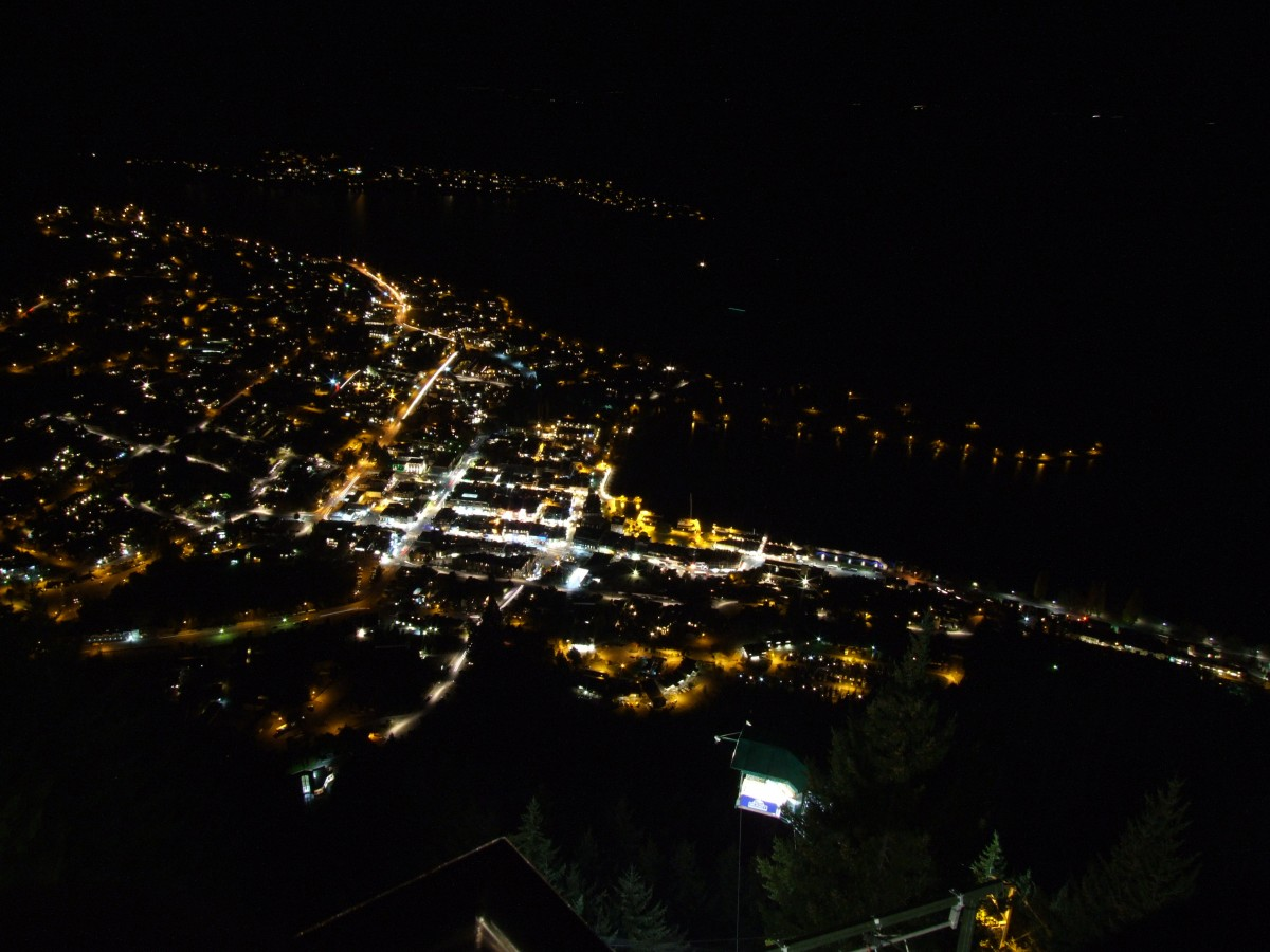 Queenstown by night